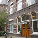 Ingang Kantoor Loco-Enzo (Zusterhuis)